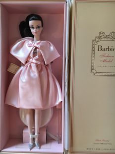 Silkstone Barbie - Blush Beauty - Mattel - US