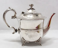 Silver Plated Decorative Tea Pot - Kapp & Peterson, Ireland, Early 20th Century