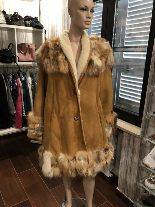 Luxury shearling and fox fur coat