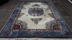 Magnificent Hand-knotted Persian - Tabriz 336cm x 228cm !