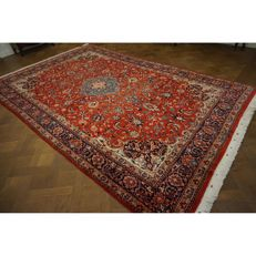 Fine hand-knotted Art Nouveau Persian palace carpet, Sarough, 373 x 237 cm, made in Iran