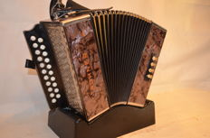 Hohner Club C-F