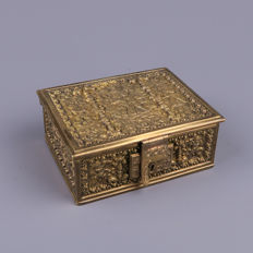 Beautiful bronze box with Putti scenes - Erhard & Söhne - Germany - circa 1900