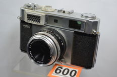 Mamiya Fodor camera with sekor T 2.8 48mm lens