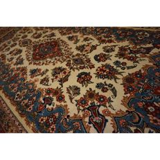 Semi antique hand-knotted -Persian carpet- -Qom- -wool with silk- -330 x 200 cm- -Made in Iran-