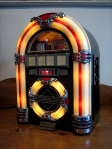 Collector's edition Jukebox Radio and tape deck - Spirit of St. Louis - Vintage Jukebox Radio with a tape deck