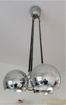 Unknown designer - Chandelier made of three open-bottomed steel spheres - 1970s