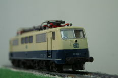 Roco H0 - 4133 - Electric locomotive Series BR111 of the DB