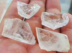 Transparent Light Pink Color Morganite Crystals - 180 Ct. (4)