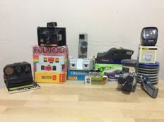 Lot consisting of two 8mm film cameras, three Polaroid and various material