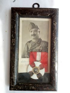 Knight of the Crown cross medal, Italy, framed