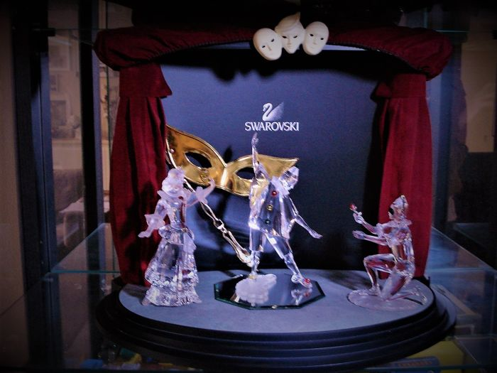 Swarovski - Masquerade-series, complete with theatre