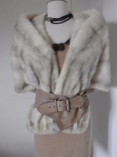 Mink – luxurious stole (any size).