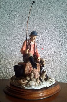 Price Catch - Angler with scoop net and accessories - 1995