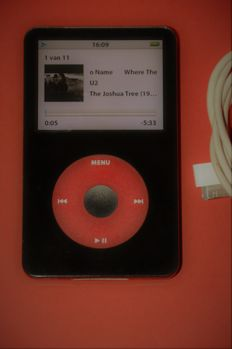Apple iPod U2 Edition 5th Gen Enhanced 30 GB (2007)