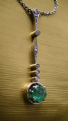 Art Deco platinum and 585 gold necklace with emerald and diamond, no reserve price