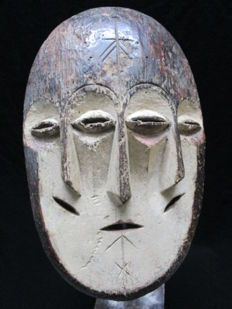 Mask with 3 faces - LENGOLA - D.R Congo