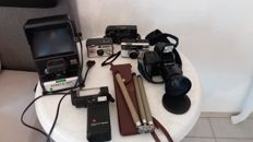 Lot. 6 vintage cameras and accessories Olympus, Kodak, Ricoh,