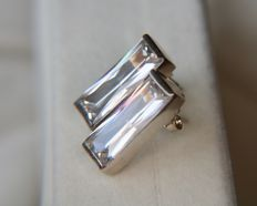 Vintage Sterling silver earrings set with a colorless Quartz/Rock Crystal of 8.20ct