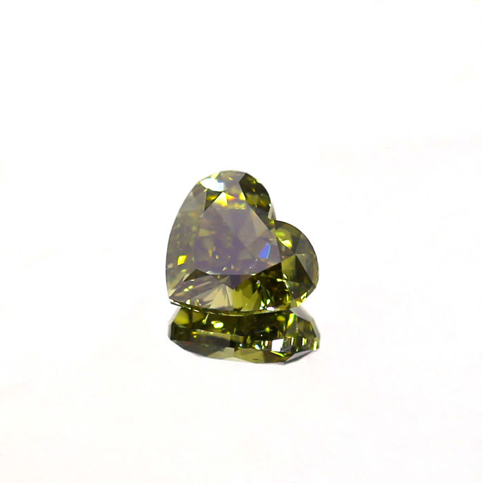 Color changing Chameleon Green Diamond, Natural Fancy Dark Gray Greenish yellow 0.66 ct. Heart shape Diamond, GIA certified
