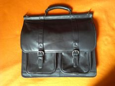 Kenneth Cole - New York - Briefcase