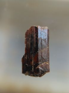 Painite crystal, one of the rarest minerals/gemstones in the world - 7.6 x 3.9 x 3.1 mm - 1.12 ct