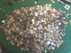 World - Lot of various international coins (8 kg)