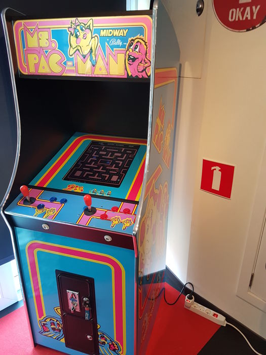 Miss Pacman arcade machine