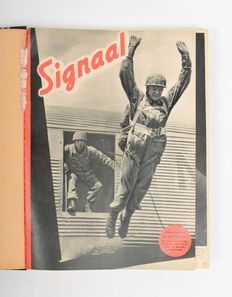 Binding of the magazine ' Signal '- 2 bindings -1941