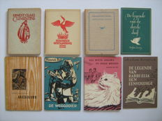 Premiums; Lot with 40 publications of the Wereldbibliotheek-Vereniging, plus 15 wood engravings / gifts - 1938 / 1974