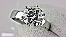 2.09 ct round diamond ring made of 18 kt white gold - size 7