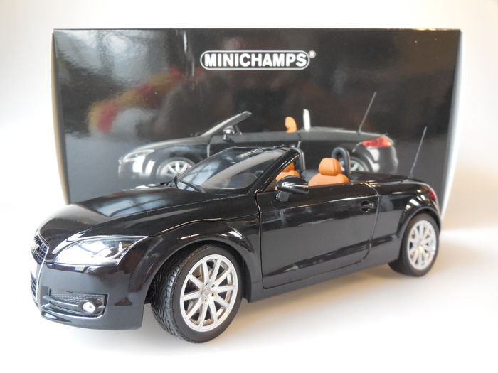 Minichamps - Scale 1/18 - Audi TT Roadster 2006