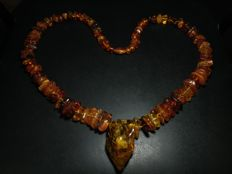 Vintage 100% Genuine Baltic Amber necklace, length 85 cm, 150 grams.