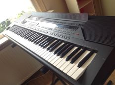 Professional Yamaha PSR-6700 Workstation/Arranger/Synth/Keyboard - 76 keys - top condition