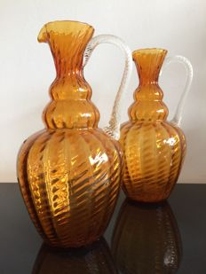 Empoli - A vintage pair of Amber glass ewers
