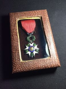 Knight's cross of the order of the Legion of honour - model jeweller with filet in relief - Silver and gold - with case