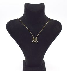 14 carat yellow gold necklace  with Entire pendant  43 cm