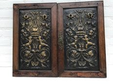 Two bronze plaques in oak wooden frame - France - ca. 1900