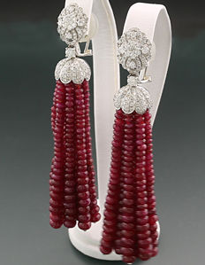 A pair of magnificent ruby brilliant ear pendants (pendeloques) in total 138.70 ct! 750 white gold - Length of the ear pendants: approx. 75 mm *NO RESERVE!*