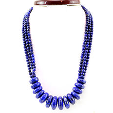 Lapis Lazuli necklace with 18 kt (750/1000) gold clasp, length 61cm. *No Reserve*