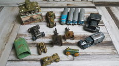Different manufacturers, Germany - length 7-58 cm - lot of tin toys, 1940s/1960s