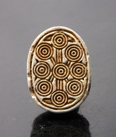 Egyptian steatite scarab amulet with hieroglyphs - 18mm