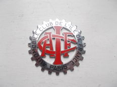 "vintage  AUTOMOBILE CLUB DE L"" LILE DE FRANCE    PARIS  chrome and enamel car badge  original stunning"