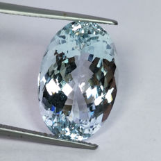 Aquamarine - 13.81 ct
