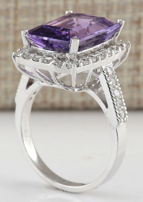 7 09 carat amethyst and ring in 14k solid white