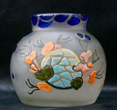 Leune - Glass vase with enamelled decor