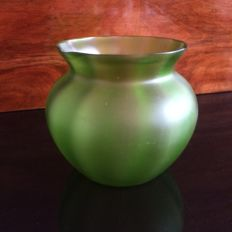 Loetz - Green with 'gold' iridescent Art Nouveau glass vase