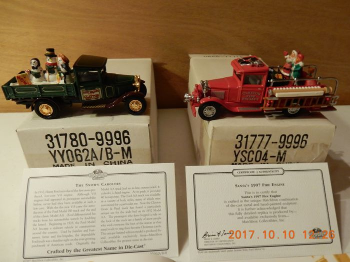 Matchbox Christmas 1997 Specials - Scale approx. 1/55 - Santa's 1997 Fire Engine - YSCO4-M and The Snowy Carollers - YY062A/B-M
