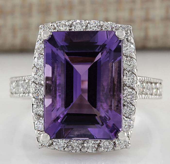 7.09 Carat Amethyst And Diamond Ring In 14K Solid White Gold - Ring Size: 7. No Reserve Price and Free Resizing