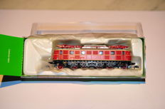Arnold N - HN2004 - Electric locomotive  E19 of the DB
